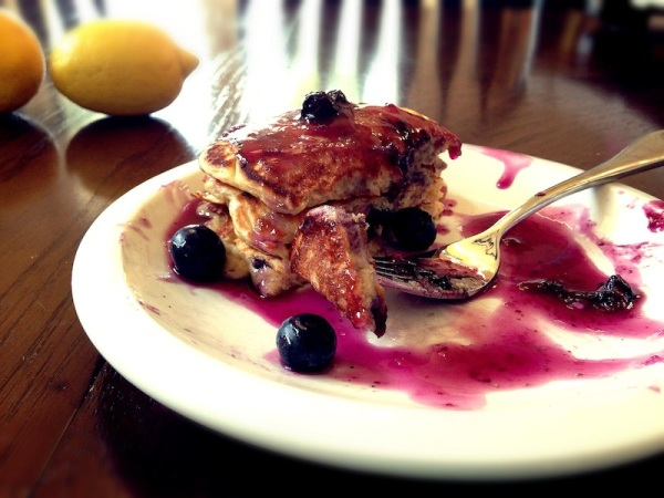 blueberry pancakes web