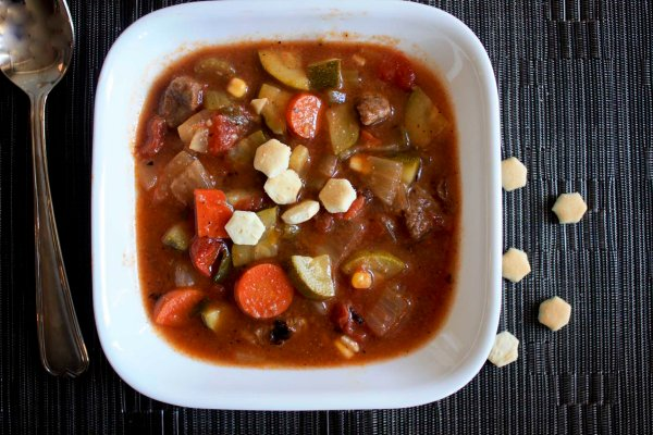 Beef vegetable soup ! enjoylifeitsdelicious.com