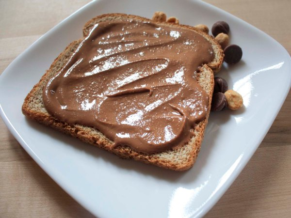peanut butter chocolate spread: enjoylifeitsdelicious.com