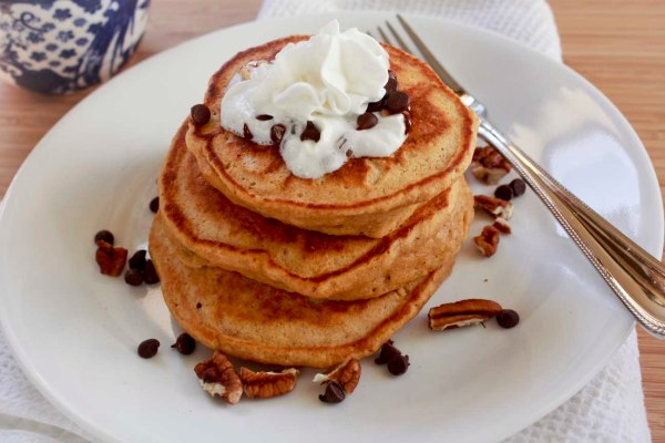 pumpkin pancakes with chocolate chips