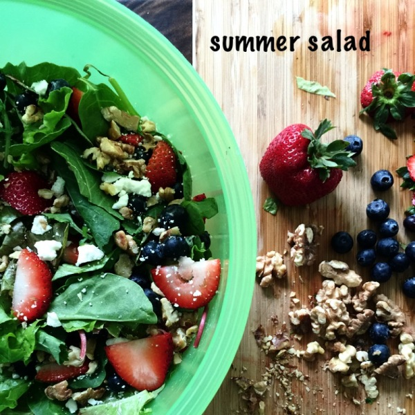 summer salad with walnuts